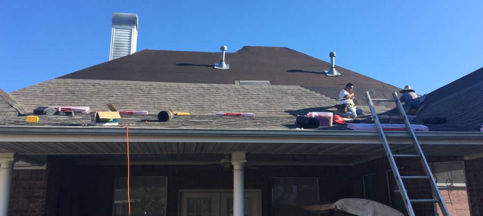 Roofing contractor livingston tx trinity roofing for Home builders in livingston tx